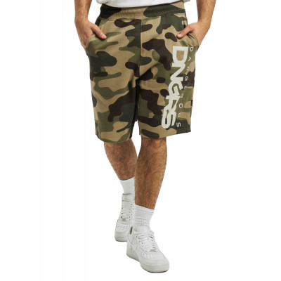Dangerous DNGRS / Short Classic in camouflage