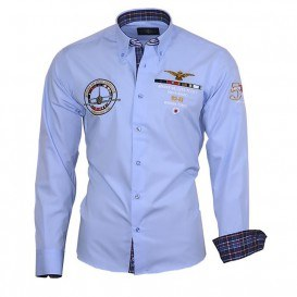 V nabídce dominují hlavně košile 901d472c1f
